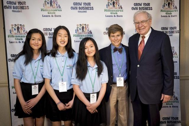 Tỷ phú Warren Buffett: Đây là sai lầm lớn nhất mà cha mẹ mắc phải khi dạy con cái về tiền bạc - 1