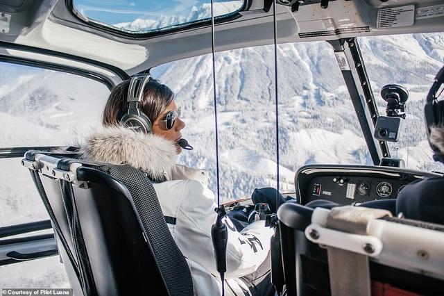 Hình ảnh ngoạn mục từ buồng lái của nữ phi công xinh đẹp 29 tuổi - 4