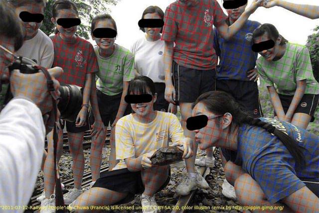 Bộ ảnh đánh lừa thị giác bằng cách khiến chúng ta tin rằng chúng thực sự có màu sắc - 1