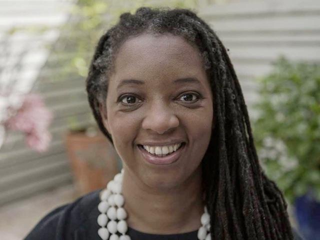 Nữ doanh nhân da màu đầu tiên làm hiệu trưởng trong khối Oxford - Cambridge - 1