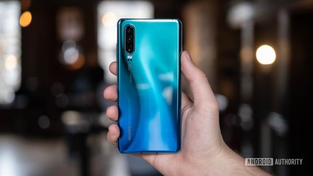 Loạt smartphone giảm giá mạnh đầu tháng 8/2019 - 2