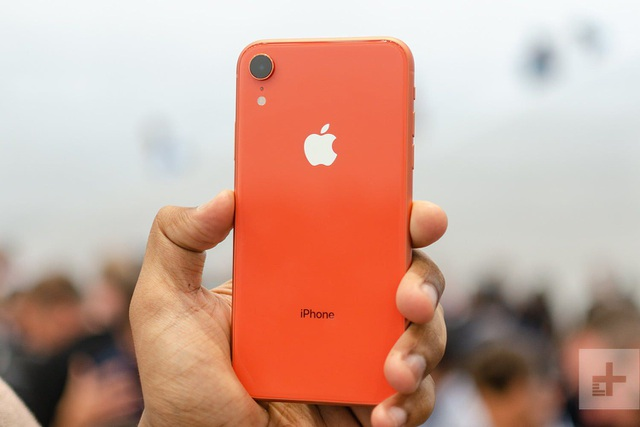 Loạt smartphone giảm giá mạnh đầu tháng 8/2019 - 4
