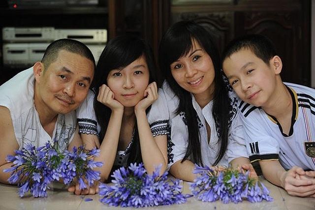 Xuân Hinh chia sẻ ảnh gia đình gây sốt mạng xã hội - 3
