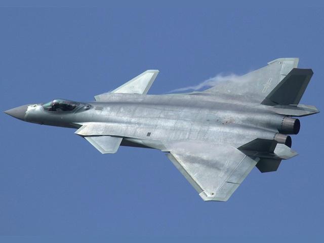 Điểm danh 10 máy bay quân sự đắt giá nhất thế giới - 10