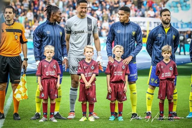 Những khoảnh khắc Sint Truidense thua đậm Club Brugge trong ngày Công Phượng ra mắt - 4
