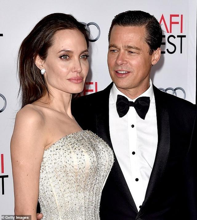 Sửng sốt nhìn ngắm Angelina Jolie đẹp như nữ thần trong clip mới - 2