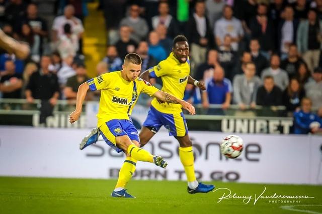 Những khoảnh khắc Sint Truidense thua đậm Club Brugge trong ngày Công Phượng ra mắt - 3