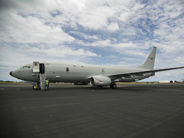 Điểm danh 10 máy bay quân sự đắt giá nhất thế giới - 5