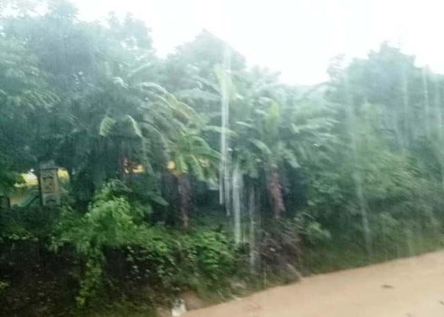 Thanh Hóa: 5 người chết, 10 người mất tích, thiệt hại gần 300 tỷ đồng vì mưa lũ - 1