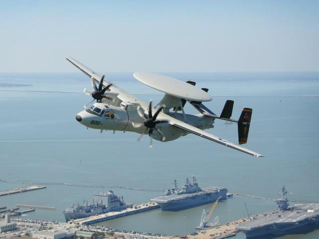 Điểm danh 10 máy bay quân sự đắt giá nhất thế giới - 7