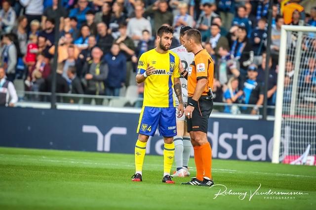 Những khoảnh khắc Sint Truidense thua đậm Club Brugge trong ngày Công Phượng ra mắt - 5