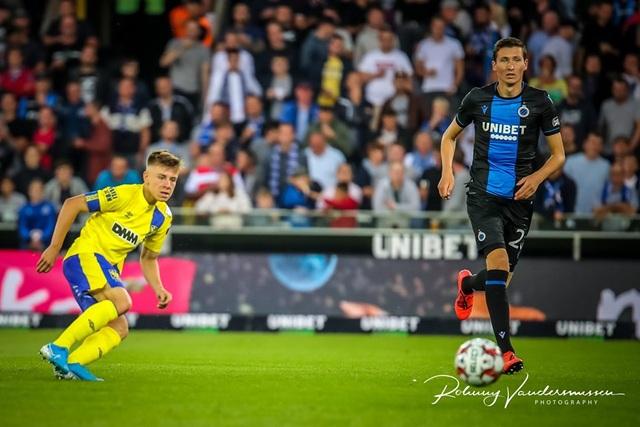 Những khoảnh khắc Sint Truidense thua đậm Club Brugge trong ngày Công Phượng ra mắt - 11