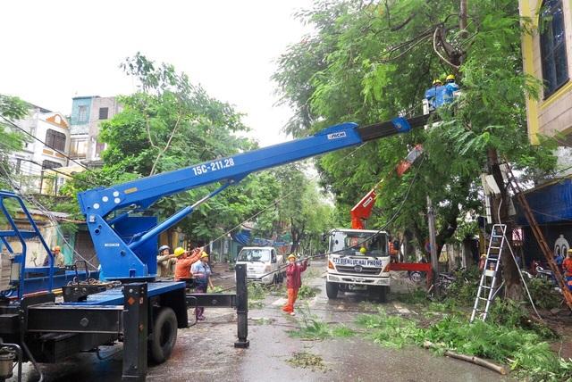 Quảng Ninh, Hải Phòng, Hải Dương khẩn trương  khắc phục sự cố sau bão số 3 - 2