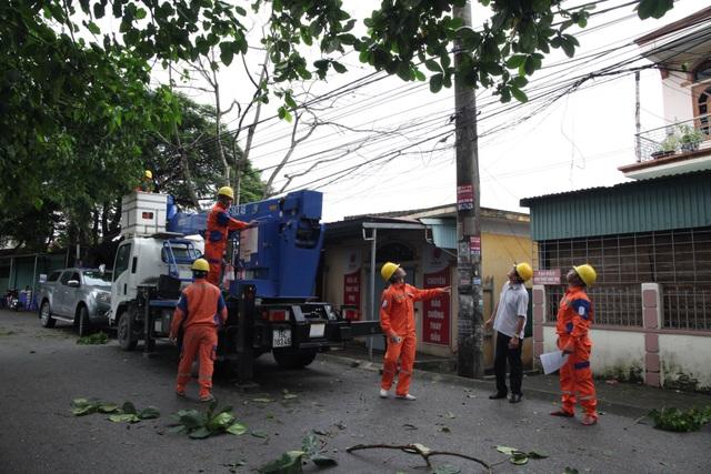 Quảng Ninh, Hải Phòng, Hải Dương khẩn trương  khắc phục sự cố sau bão số 3 - 1