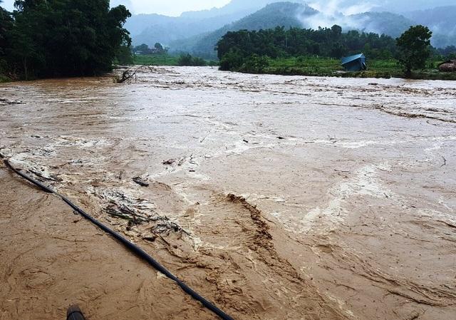 Thanh Hóa: 14 người mất tích do ảnh hưởng mưa bão - 1