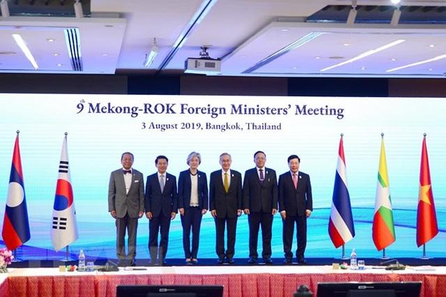 Phó Thủ tướng Phạm Bình Minh dự Hội nghị Mekong - Nhật Bản, Hàn Quốc - 2
