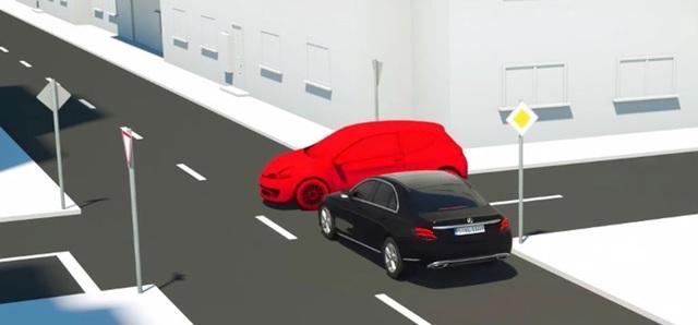 Mercedes-Benz phải triệu hồi hàng loạt xe vì lỗi ở hệ thống hỗ trợ phanh khẩn cấp - 2