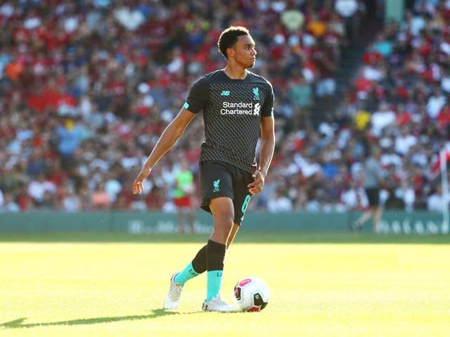 Đội hình kết hợp giữa Man City với Liverpool trước trận Siêu cúp Anh - 2