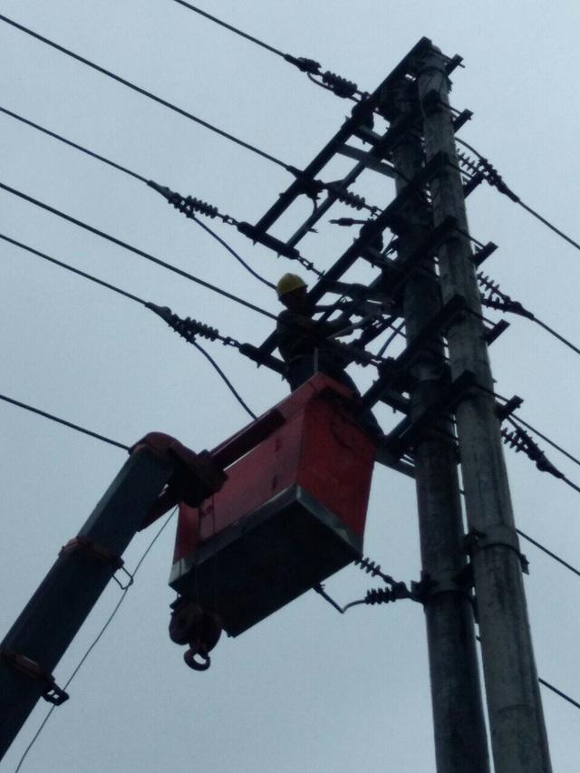 Quảng Ninh, Hải Phòng, Hải Dương khẩn trương  khắc phục sự cố sau bão số 3 - 3