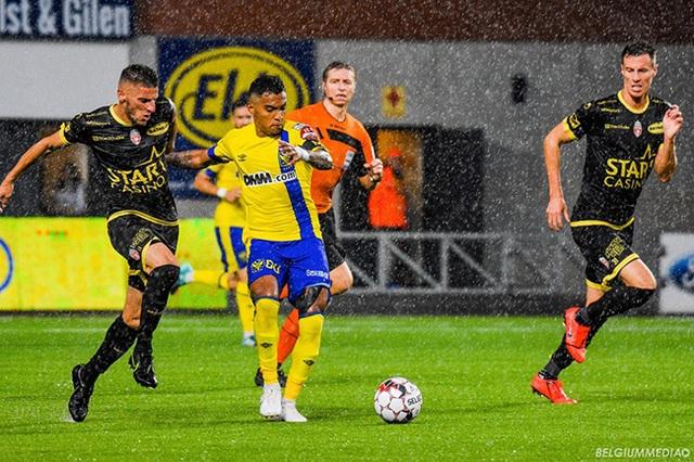 Sint-Truidense thua thảm 6 bàn không gỡ trong ngày Công Phượng ra mắt - 1