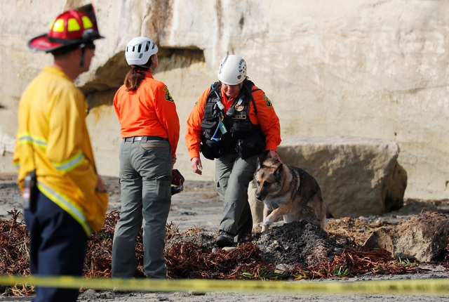 Mừng người thân thoát khỏi ung thư, 3 phụ nữ trong một gia đình thiệt mạng vì vách đá đổ sập - 2