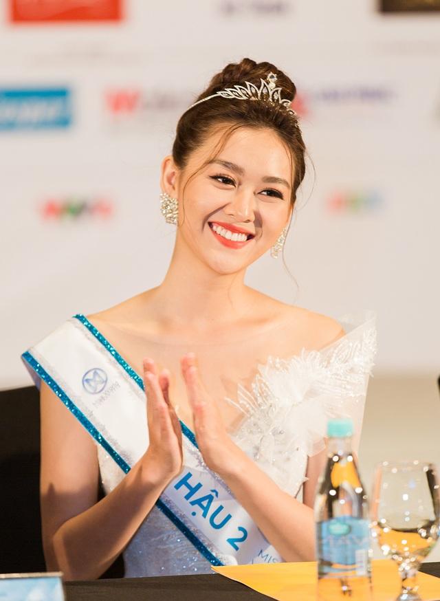 Á hậu Miss World Việt Nam từng là hot girl trường Phan Đình Phùng - 1