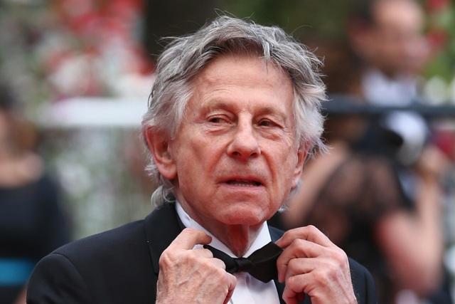 """Lo sợ bị bắt giữ vì vụ việc cách đây 40 năm, đạo diễn tham dự liên hoan phim qua... """"chat"""" - 1"""