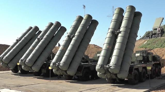 """Nguyên nhân Nga bất ngờ vô hiệu hóa """"rồng lửa"""" S-400 tại thành phố của Syria - 1"""