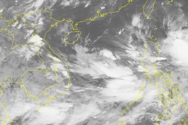 Bão số 3 vừa tan, Biển Đông lại xuất hiện vùng áp thấp - 1