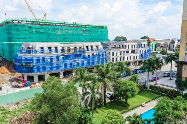Cận cảnh tiến độ xây dựng của Vincom Plaza Dĩ An đầu tiên của Bình Dương - 2