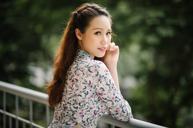 Dàn hot girl ĐH Ngoại thương xinh như hoa hậu Lương Thùy Linh - 20