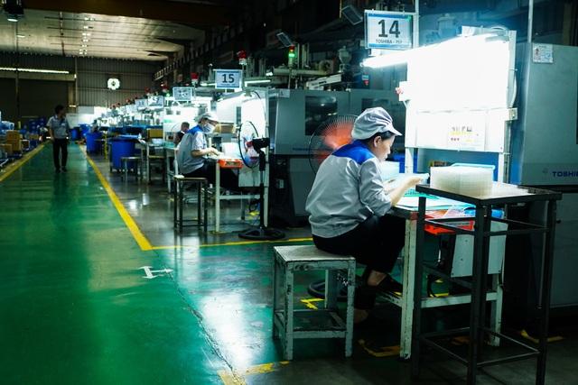 Tờ báo lớn của Mỹ tin rằng iPhone sắp được sản xuất tại Việt Nam - 1