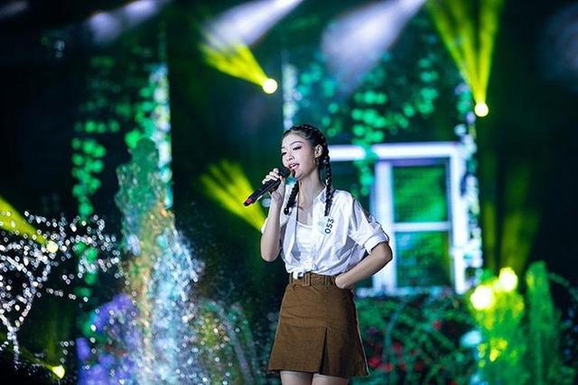 Nụ cười tỏa nắng Á hậu 1 Nguyễn Hà Kiều Loan - 6