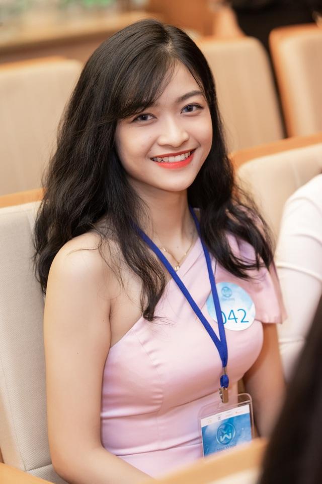 Nụ cười tỏa nắng Á hậu 1 Nguyễn Hà Kiều Loan - 2
