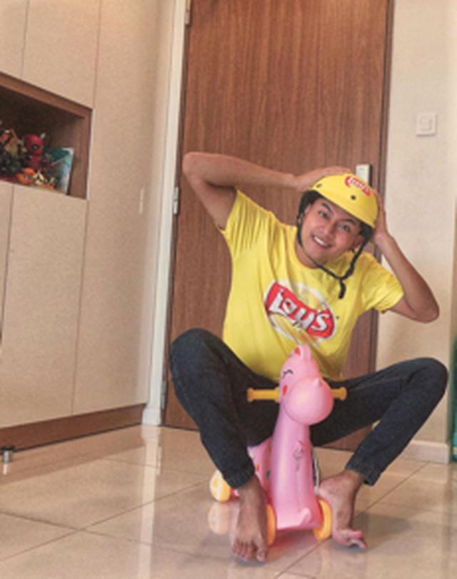"""Giới trẻ Việt nhuộm vàng mạng xã hội cùng thông điệp """"Ngày vàng lan toả niềm vui"""" - 2"""