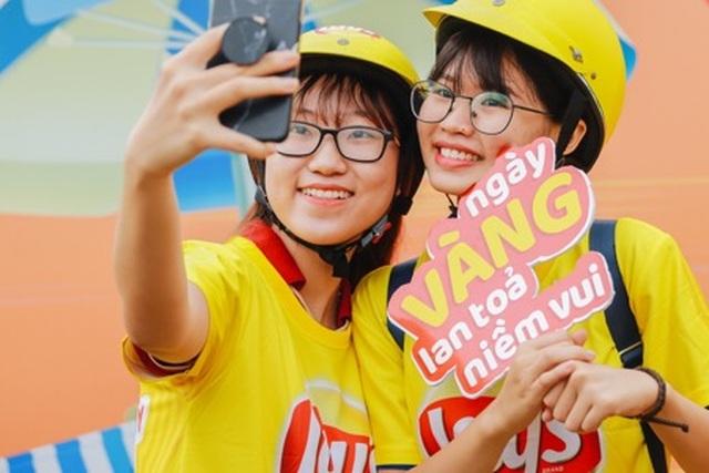 """Giới trẻ Việt nhuộm vàng mạng xã hội cùng thông điệp """"Ngày vàng lan toả niềm vui"""" - 7"""