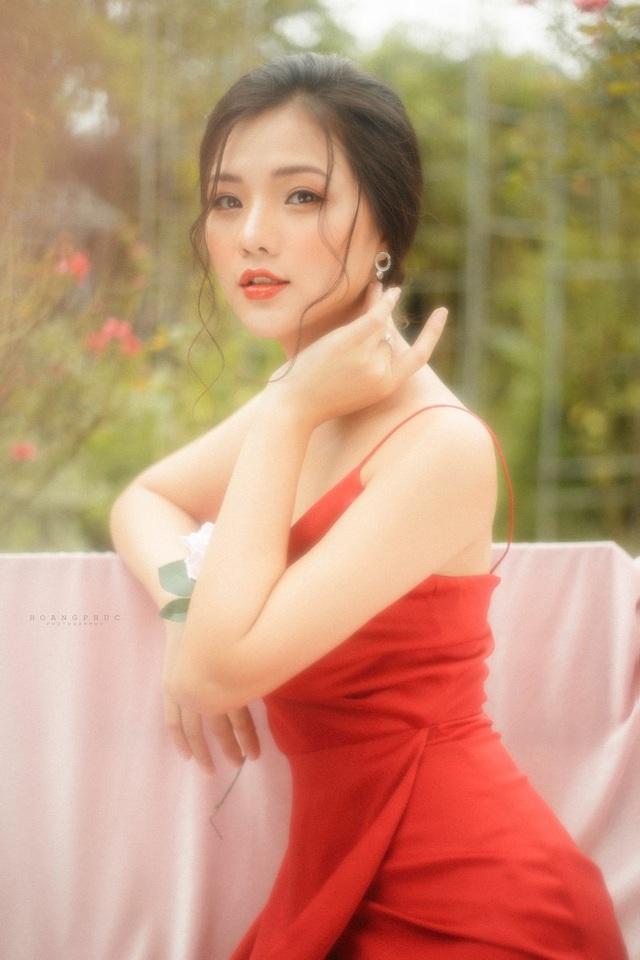 """Nàng thơ Hà thành """"đốn tim"""" người đối diện từ ánh nhìn đầu tiên - 1"""