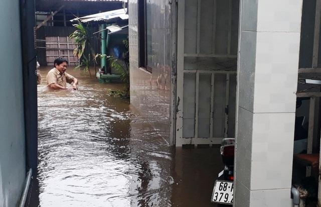 """Dân đảo Phú Quốc quay cuồng với cơn """"đại hồng thủy"""" chưa từng có - 2"""