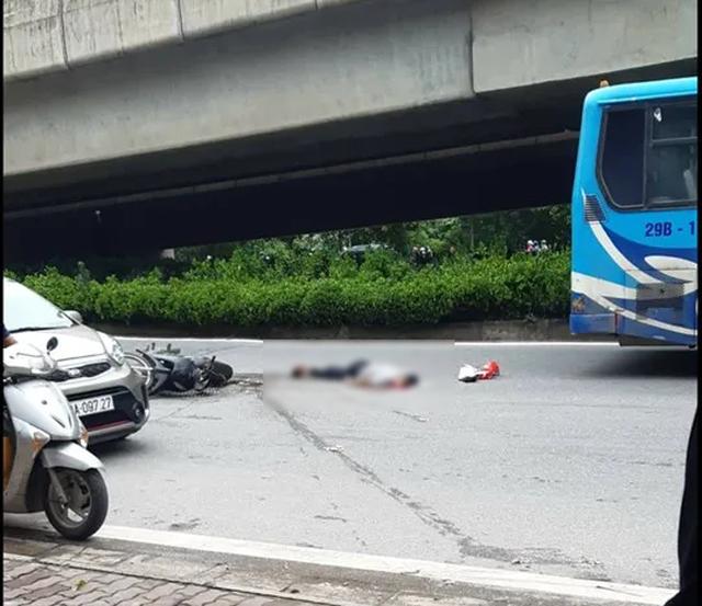 Xe buýt cán chết người trên đường phố Hà Nội - 2