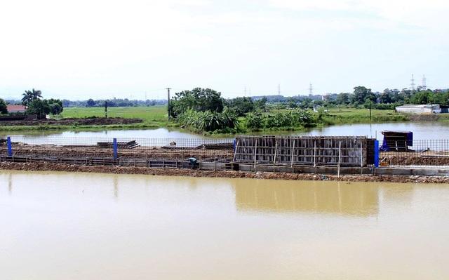 Hà Nội gấp rút hoàn thiện đê bê tông ngăn lũ sông Bùi đe dọa nội thành - 2