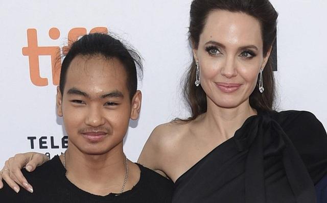 Con trai lớn của Angelina Jolie sẽ du học tại Hàn Quốc - 1