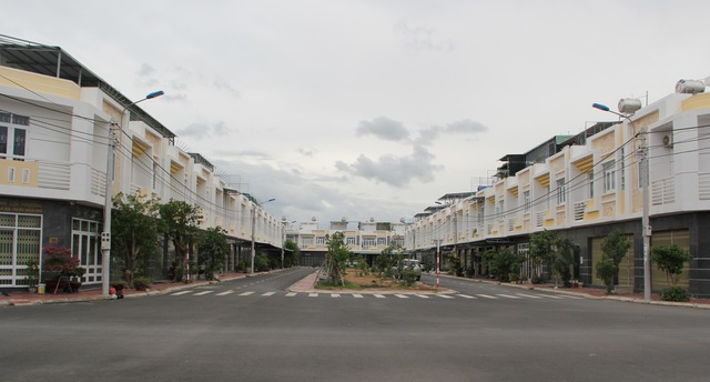 Hàng loạt sai phạm tại dự án nhà ở xã hội đầu tiên của tỉnh Phú Yên! - 5