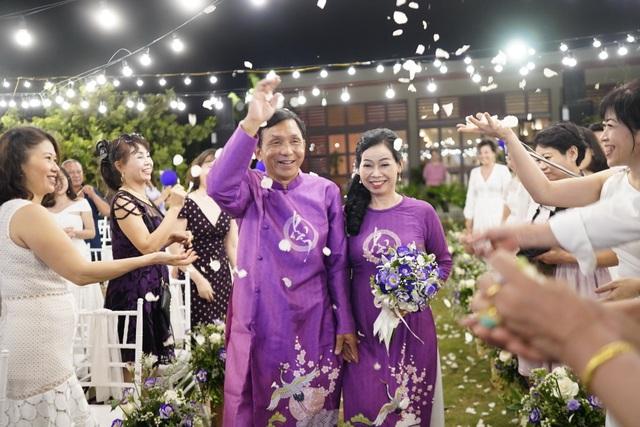 Đám cưới đặc biệt của người mẹ U60 được con gái đăng tin tuyển chồng ở Thanh Hóa - 1