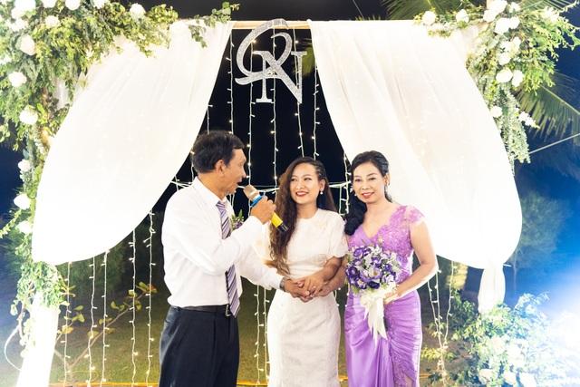 Đám cưới đặc biệt của người mẹ U60 được con gái đăng tin tuyển chồng ở Thanh Hóa - 2