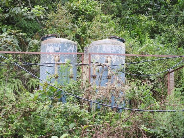 """Công trình nước sạch sản xuất đúng... một xô nước, dân chục năm """"chết khát""""! - 4"""