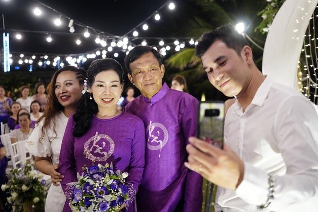 Đám cưới đặc biệt của người mẹ U60 được con gái đăng tin tuyển chồng ở Thanh Hóa - 7
