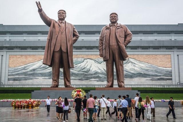 Mỹ hủy chính sách miễn thị thực cho người nước ngoài từng thăm Triều Tiên - 1