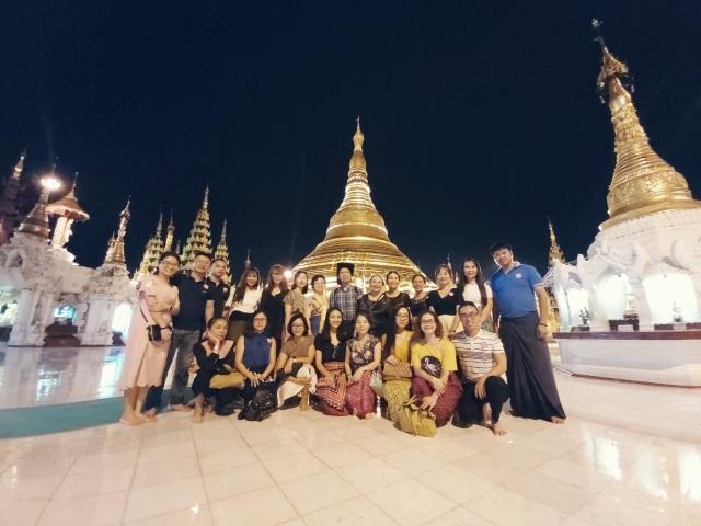 Độc đáo ngôi chùa dát 90 tấn vàng, gắn nghìn viên kim cương đắt giá ở Myanmar - 13
