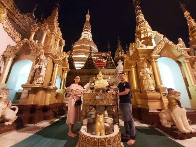 Độc đáo ngôi chùa dát 90 tấn vàng, gắn nghìn viên kim cương đắt giá ở Myanmar - 7