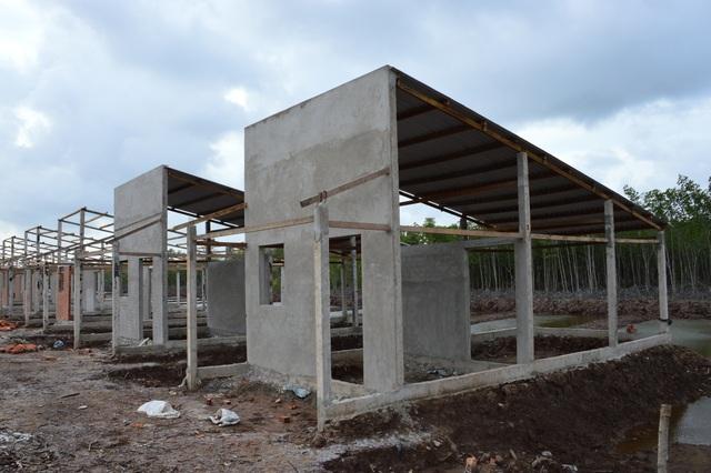 Hiện trạng thảm hại khu tái định cư của hộ nghèo tại Sóc Trăng - 1